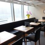 北陸海鮮 喜心 - ☆窓があるので開放感のあるテーブル席(^^♪☆