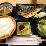 四ツ谷 ふく鶴 - トロ鯖塩焼き定食¥850