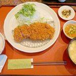 とんかつ廣 - 『ロースカツ定食』980円。