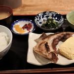 75125961 - 焼き魚と出汁巻き780円
