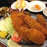 定食居酒屋 廻天寿司 まぐろ人 - 海の幸フライ定食