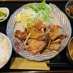 食堂 亀屋 - 料理写真: