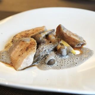 エリタージュ - 料理写真:☆広島県産 六角豚のポークソテー