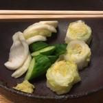 山本屋本店 - 料理写真:漬け物 ※味噌煮込みうどんをオーダーすると無料で付いてきます。(おかわり可能)