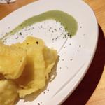 楽 - カマンベールチーズの天ぷら