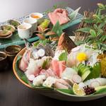 酒菜の肴 遊食家 - 料理写真:特選     お造り盛り合せ