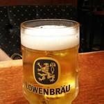 75141343 - レーベンブロイ ジョッキ  500円税別 本場ドイツの麦芽100%のコクのある生ビール