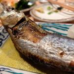 夜ノ焼魚 ちょーちょむすび - 焼き 大トロ鰯