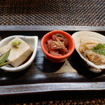 なか井 - 真鱈白子,的鯛昆布巻き,子持ち鮎,ごま豆腐,ずいき,はまぐり