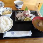 旬鮮館 - 刺身定食700円