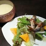 DINING de LAPiN - スープ、サラダ