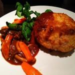 DINING de LAPiN - 鶏胸肉のハムとチーズ入りカツレツ、コルドンブルー風