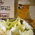 がブリチキン - 生ビール(450円)+生キャベツ(お通し)