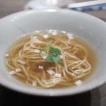 USHIGORO S - 牛出汁と蛤のラーメン