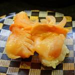 回し寿司 活 活美登利 - 生赤貝