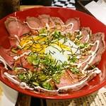 ジムビームバー - ローストビーフ丼