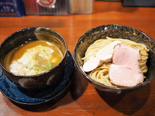 麺や而今 大東本店 - 魚介鶏白湯つけ麺(並)