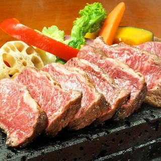上質なお肉の旨味を存分に味わえる、こだわりの肉料理をご用意!