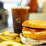 Caribou Coffee & Einstein Bros. Bagels - 料理写真:LTO Sandwich ($5.89)、Cold Press Midium ($8.89+$0.21)