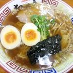 Chibakiya - 志那そば醤油味730円 半熟煮玉子100円