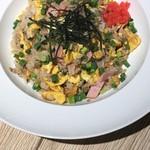 KUTSURO gu Café - 喫茶店の味・ハムチャーハン