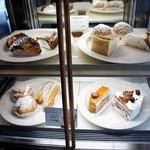 ベルグフェルド - Cafe ケーキケース