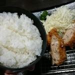 Shunsai - メンチカツ定食¥900瓶ビール¥500