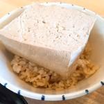島豆腐と、おそば。真打田仲そば -