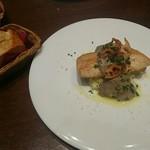 テイストシックス - 秋鮭のムニエル 栗のリゾット マッシュルームのソース