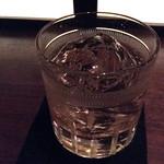 グラス - Glace グレンリヴェットをロックで