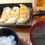 餃子や まっちゃん - 料理写真: