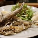 大衆食堂ヒザコシ - メヒカリの唐揚げ