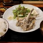 大衆食堂ヒザコシ - メヒカリの唐揚げ定食800円