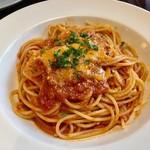 75173513 - 相方チョイスの「トマトとニンニクのスパゲティ」は程よい酸味で美味しい♫