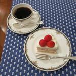 75174871 - 苺のショートケーキのブラン&コーヒー(有機グァテマラフレンチ)