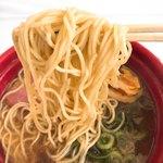麺屋 卓朗商店 - トリュフと特選鴨チャーシュー醤油ラーメンの麺