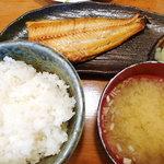 旬菜酒房 彦べえ - ホッケ焼き定食
