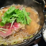 横濱牛鍋 善 - 牛すき焼き定食 960円