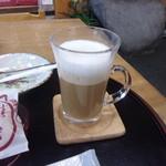 三本松茶屋 - カフェラテ