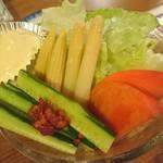 75183447 - 生野菜サラダ 680円