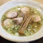 中華そば 弥太郎 - 塩チャーシュー麺 780円