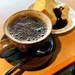 ブックカフェ ケー - ドリンク写真:シフォンセット