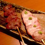 かもふく - 京鴨串焼き「ハート」(280円)と「ささみわさび」(210円)。