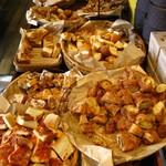 ハート・ブレッド・アンティーク 豊田店 - モーニング:パン食べ放題コーナー