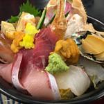 海陽亭 - 料理写真:特選海鮮丼