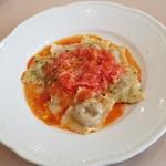 75187002 - なすとマスカルポーネチーズのラビオリ余市トマトソース(1200円)です。
