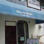 ミス サイゴン - 外観