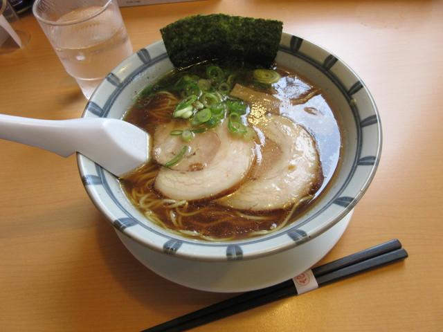 らぁ麺屋まるみ>