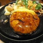 丸の内ディンドン - チーズハンバーグ