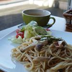 カフェクレモナ - 料理写真:キノコの和風パスタ